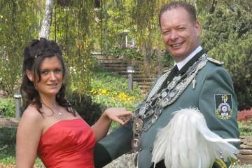 König Ralf I. Ludwig und Prinzessin Ann-Katrin Ludwig repräsentieren die Schützen in Dormagen