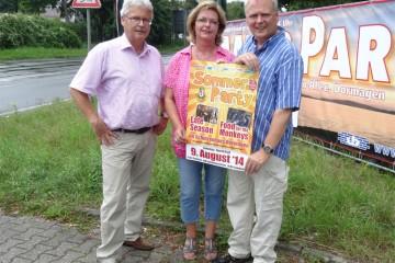 BSV-Chef Rolf Starke und das amtierende Königspaar Rainer und Jutta Warstat freuen sich auf die kommende Sommerparty