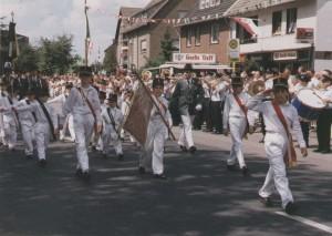 1990 Parade