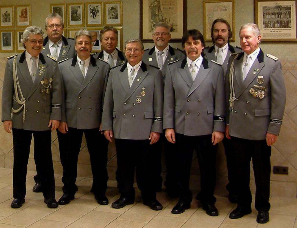 Obere Reihe von links nach rechts:  Bernd Borkowski, Raimund Kölln, Udo Heider, Christian Esser. untere Reihe:  Willy Schmitz, Peter Behrend, Willi Kotulla, Norbert Kannenwischer, Willi Cremer
