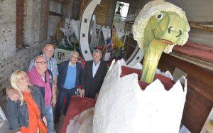 Dormagener Fackelrichtfest mit Königspaar Petra und Rainer Schoo, Oberst Jacky Luckas, Chef Rolf Starke und Schirmherr Heinz Mölder FOTO: Lothar Berns